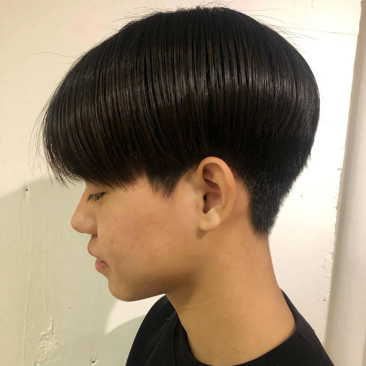 メンズヘア ナチュラル ショート 刈り上げヘアスタイルや髪型の写真・画像