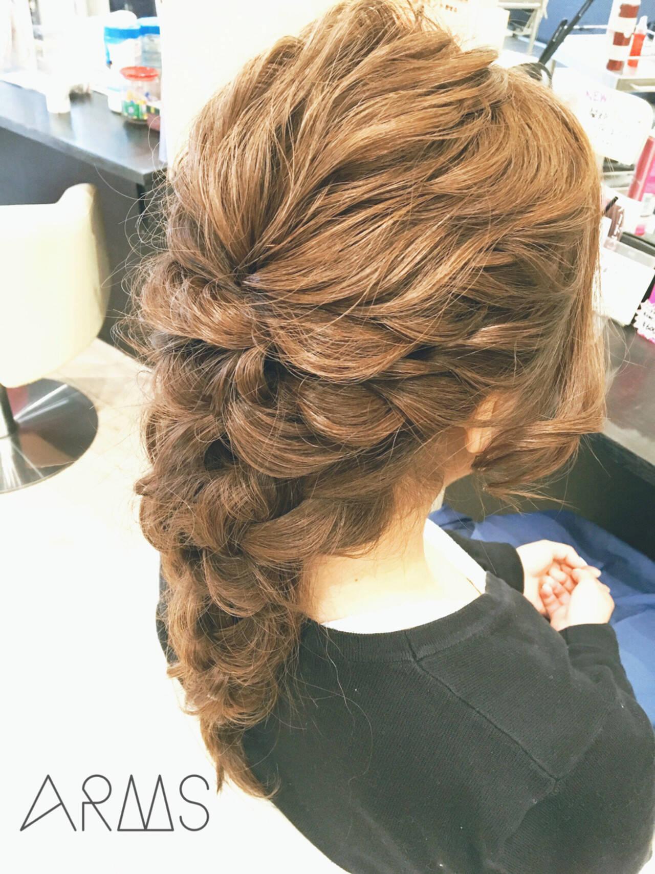 簡単ヘアアレンジ ロング ゆるふわ フェミニンヘアスタイルや髪型の写真・画像