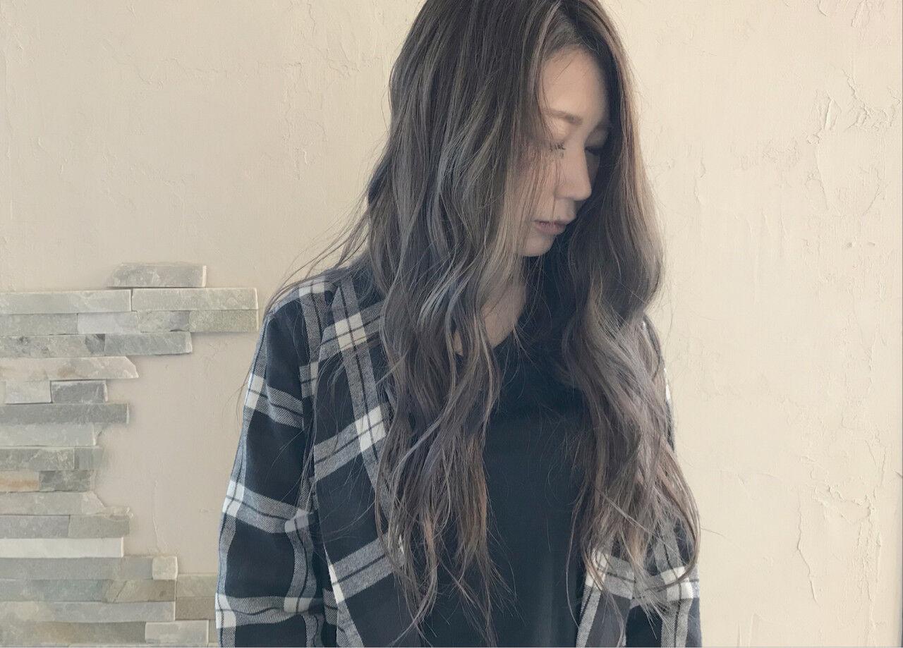 透明感 ロング バレイヤージュ 秋ヘアスタイルや髪型の写真・画像