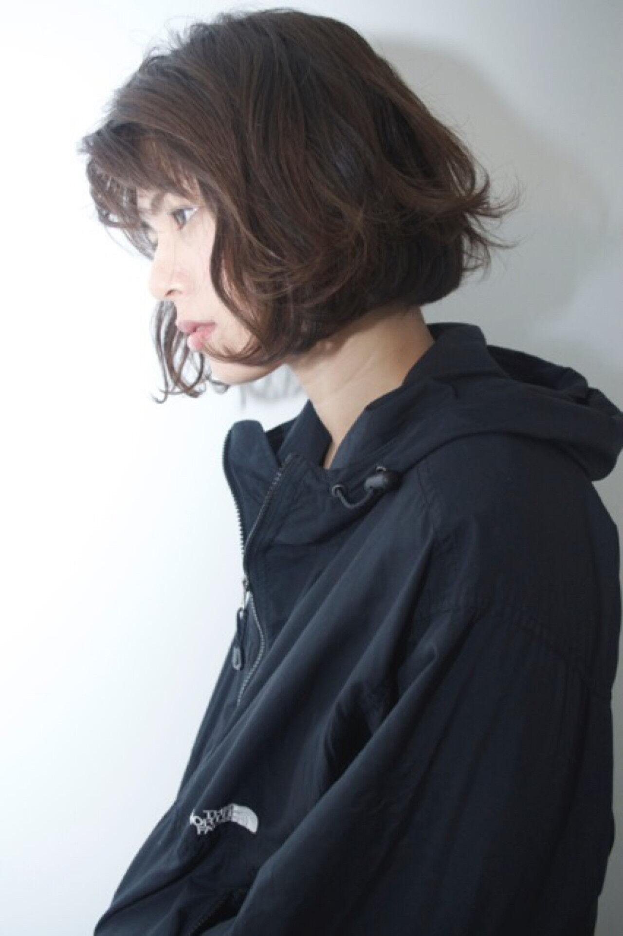 ボブ ミルクティー ニュアンス 小顔ヘアスタイルや髪型の写真・画像