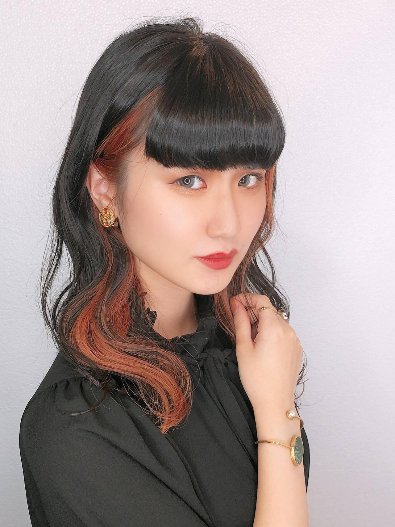 フェミニン 髪質改善トリートメント セミロング ブリーチカラーヘアスタイルや髪型の写真・画像