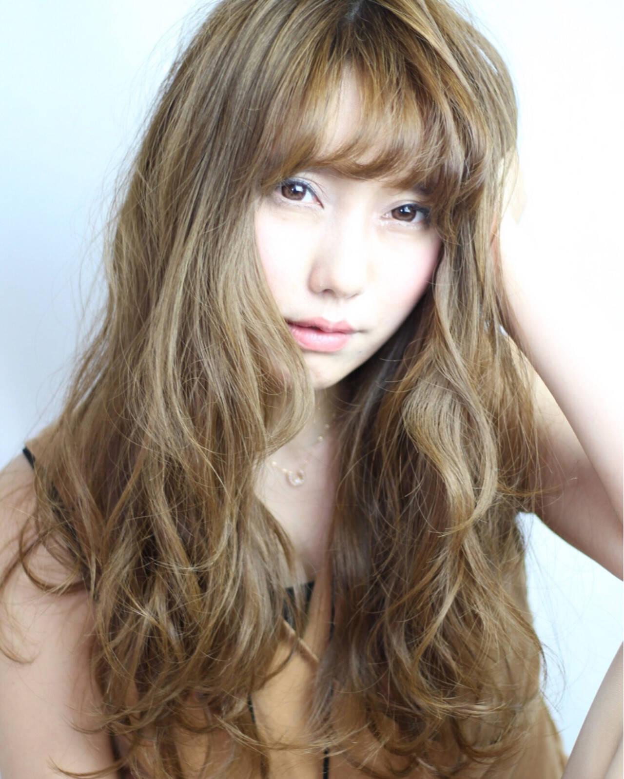 渋谷系 ウェーブ 外国人風 ガーリーヘアスタイルや髪型の写真・画像