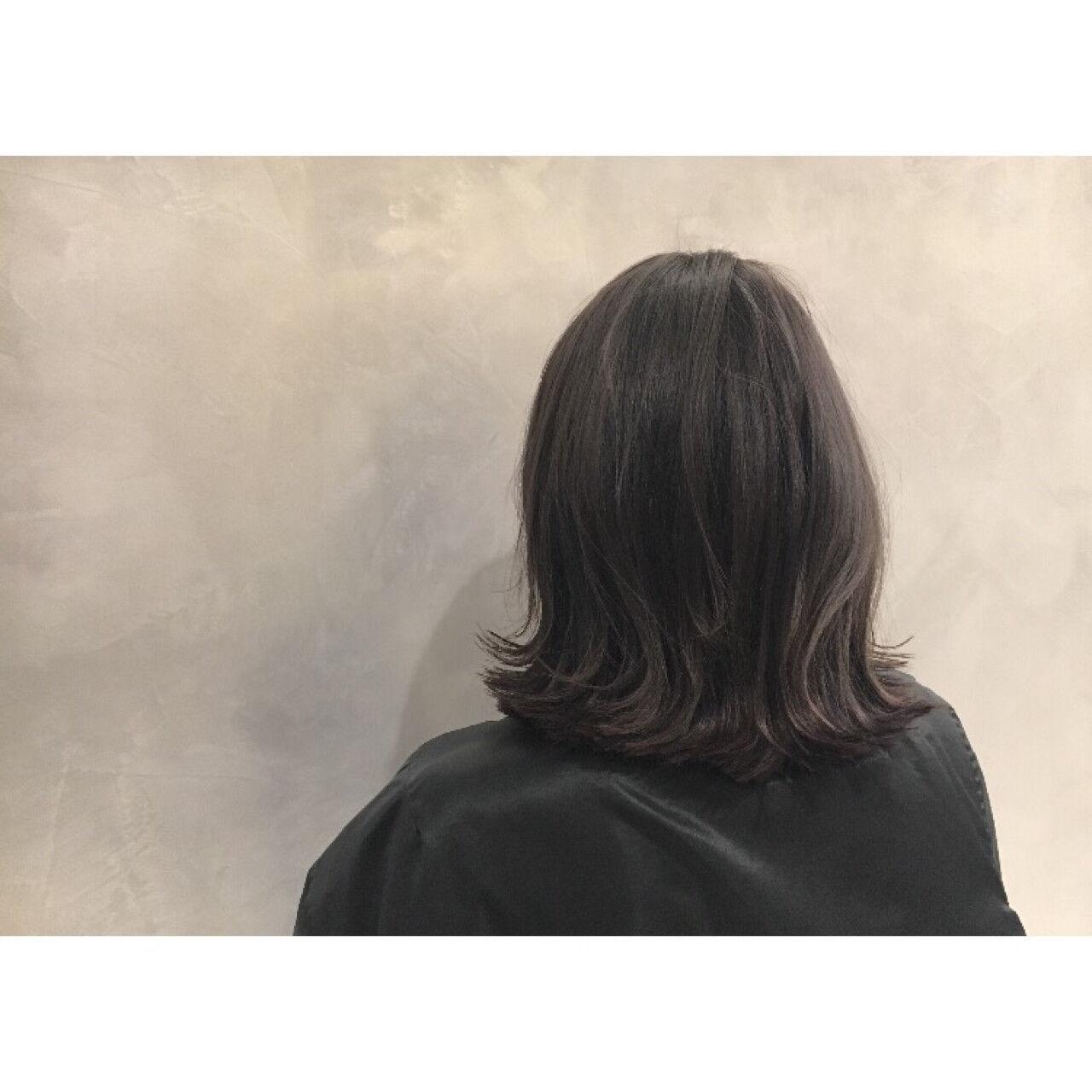 アッシュ ハイライト 暗髪 ストリートヘアスタイルや髪型の写真・画像