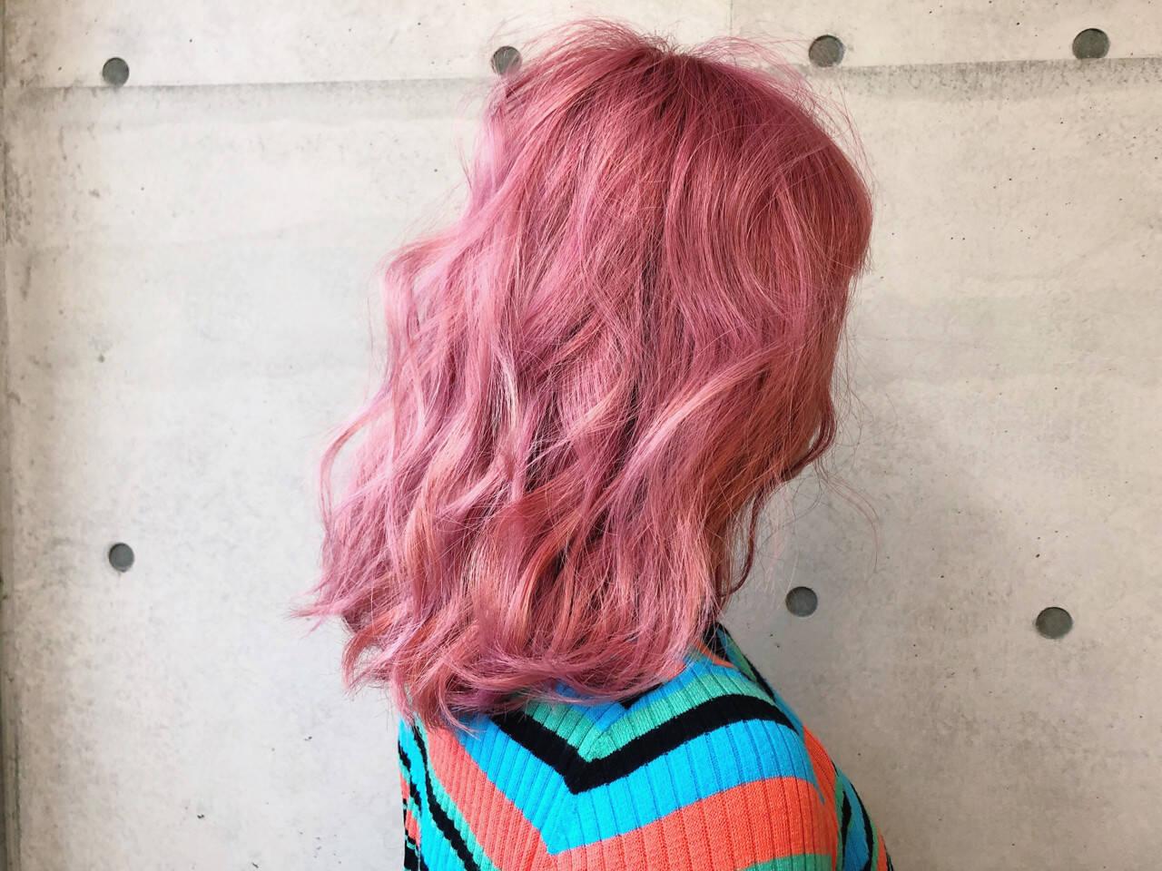 ストリート ベリーピンク 外国人風カラー ベージュヘアスタイルや髪型の写真・画像