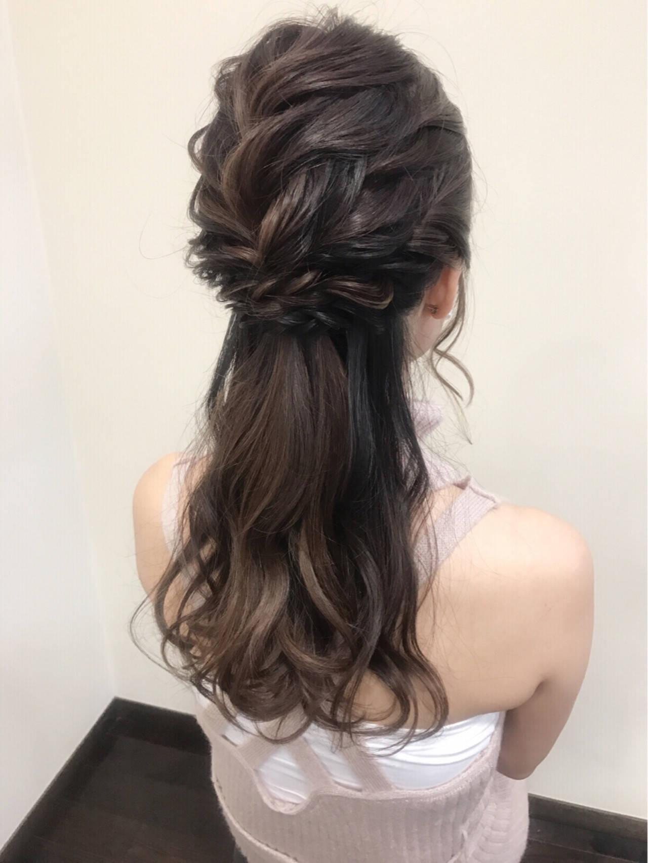 デート フェミニン ハーフアップ ヘアアレンジヘアスタイルや髪型の写真・画像