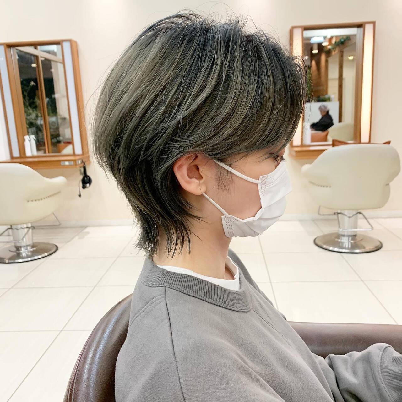 ショートヘア マッシュウルフ ネオウルフ ウルフカットヘアスタイルや髪型の写真・画像
