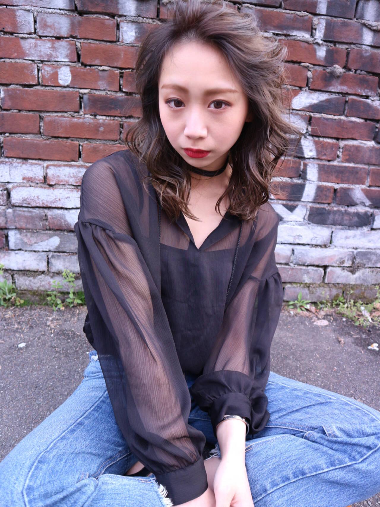 ブルージュ アッシュ 外国人風カラー 小顔ヘアスタイルや髪型の写真・画像