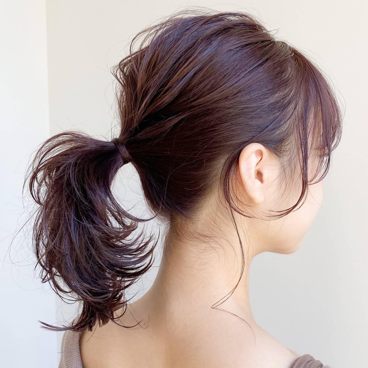 ミディアム ポニーテール レイヤーカット ナチュラルヘアスタイルや髪型の写真・画像