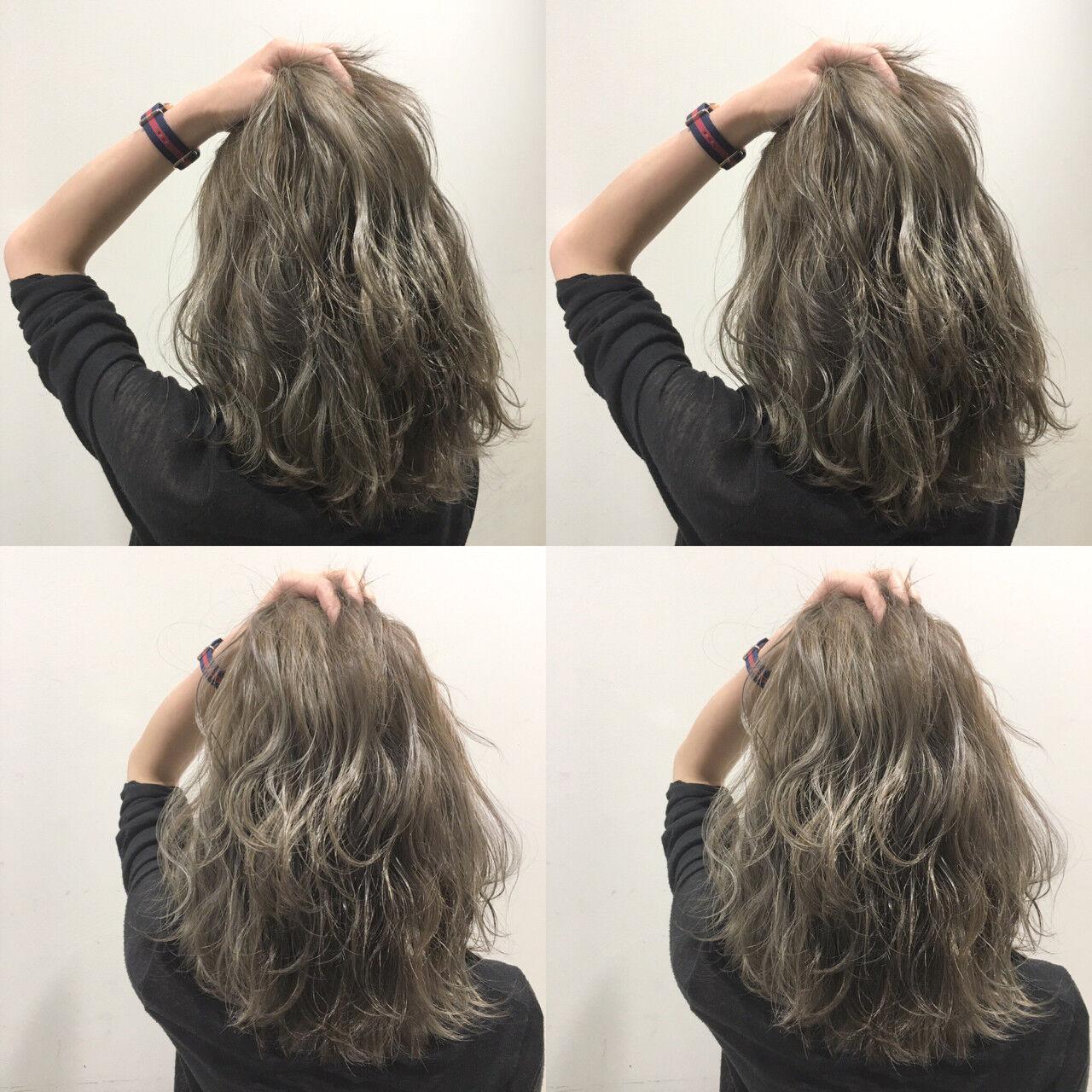 セミロング 波ウェーブ ストリート ウェットヘアヘアスタイルや髪型の写真・画像