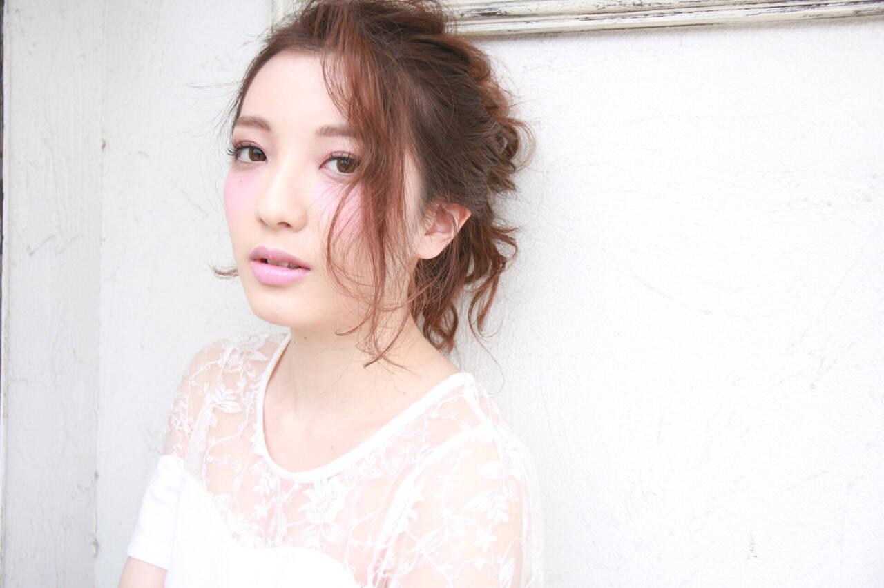 お団子 小顔 上品 夏ヘアスタイルや髪型の写真・画像