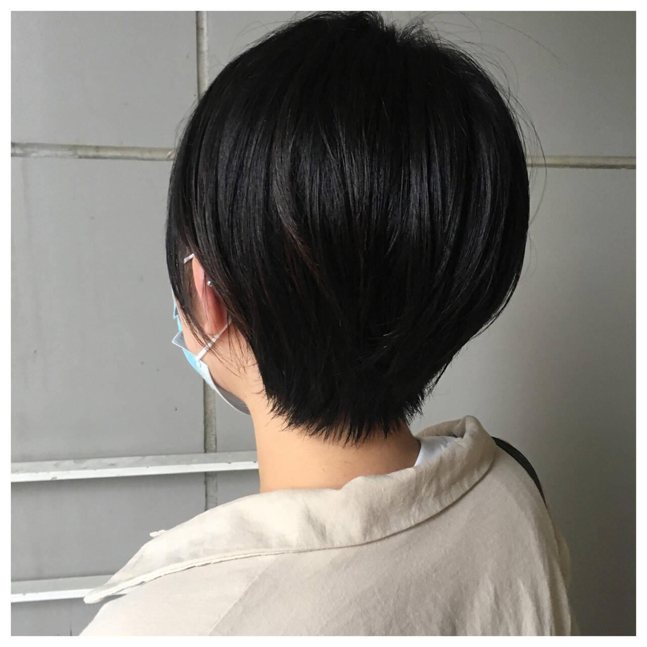 マッシュショート ナチュラル ショートボブ 黒髪ヘアスタイルや髪型の写真・画像