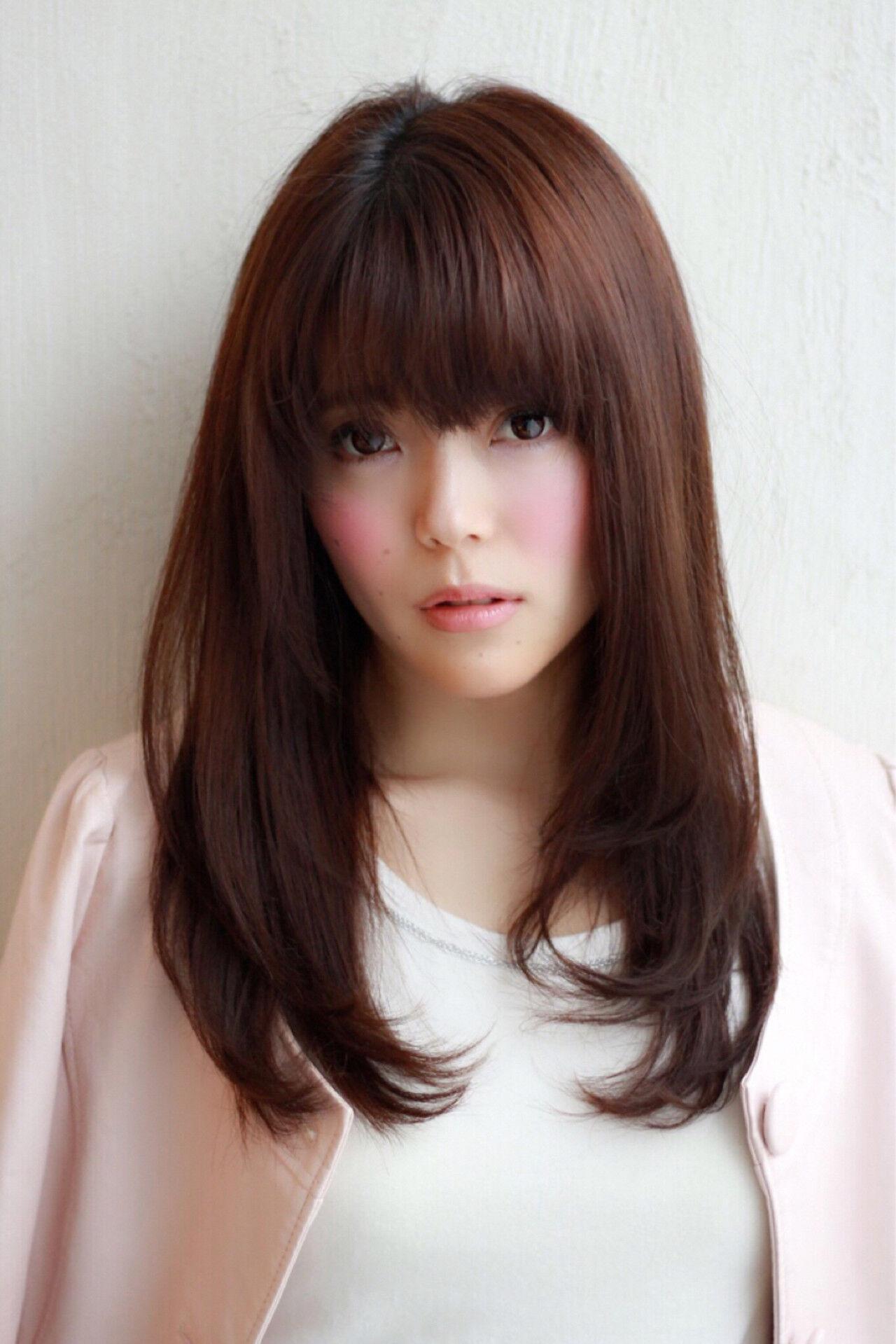 ストレート かわいい コンサバ セミロングヘアスタイルや髪型の写真・画像