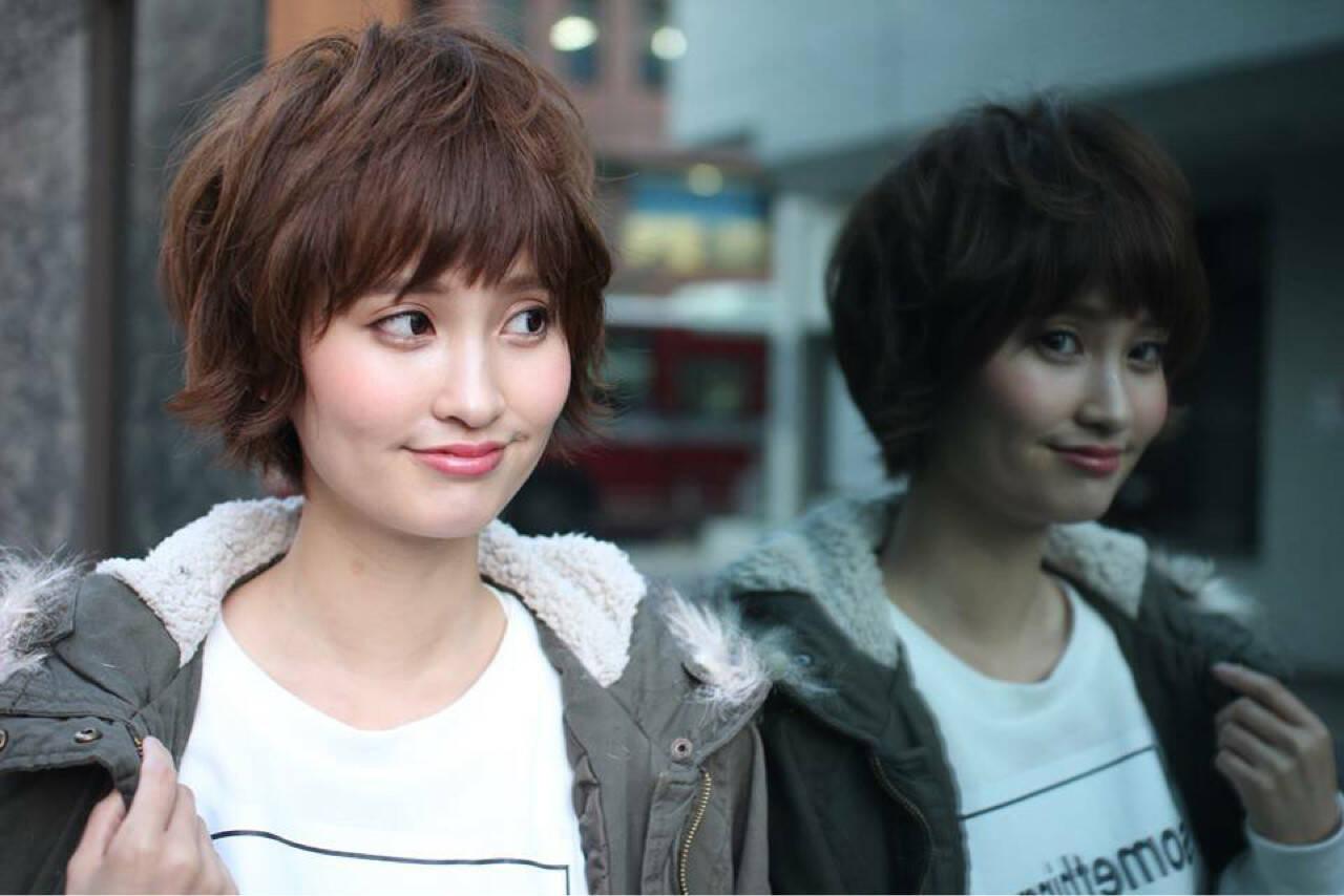 ストリート 小顔 似合わせ ショートヘアスタイルや髪型の写真・画像