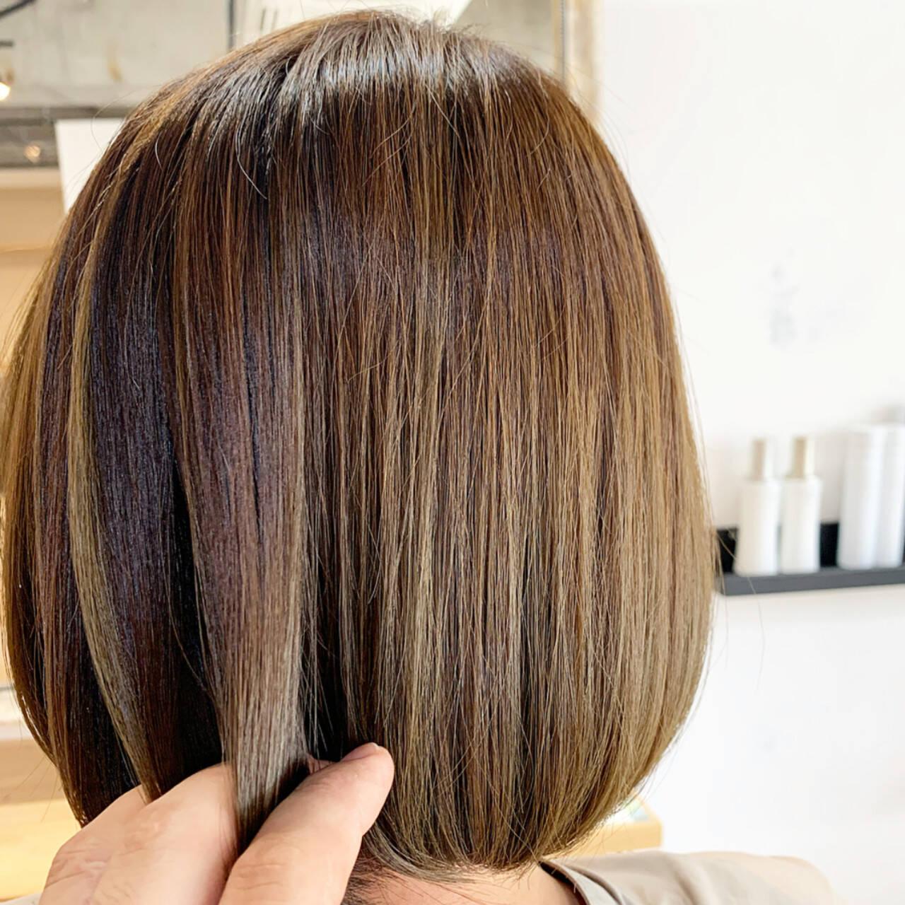 切りっぱなしボブ イルミナカラー 外国人風カラー ミニボブヘアスタイルや髪型の写真・画像