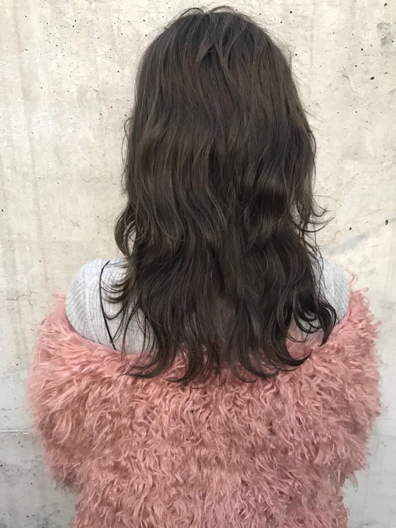 レイヤーカット ゆるふわ ストリート こなれ感ヘアスタイルや髪型の写真・画像