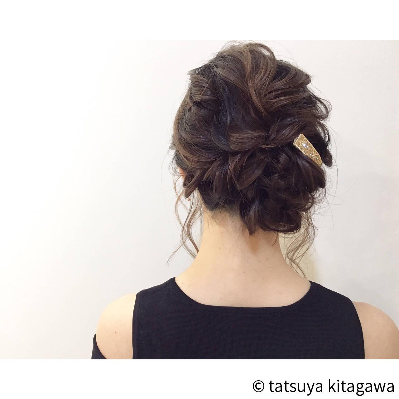 フェミニン 花嫁 アッシュ 外国人風ヘアスタイルや髪型の写真・画像