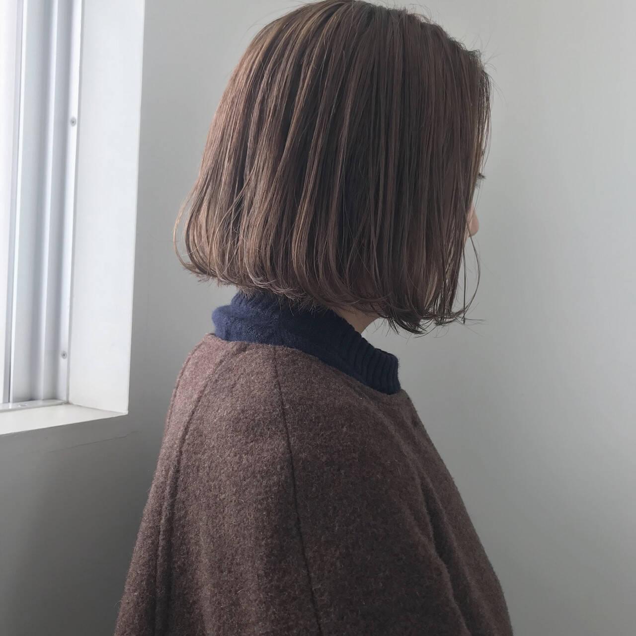 ボブ 透明感カラー ミルクティーベージュ ヌーディベージュヘアスタイルや髪型の写真・画像