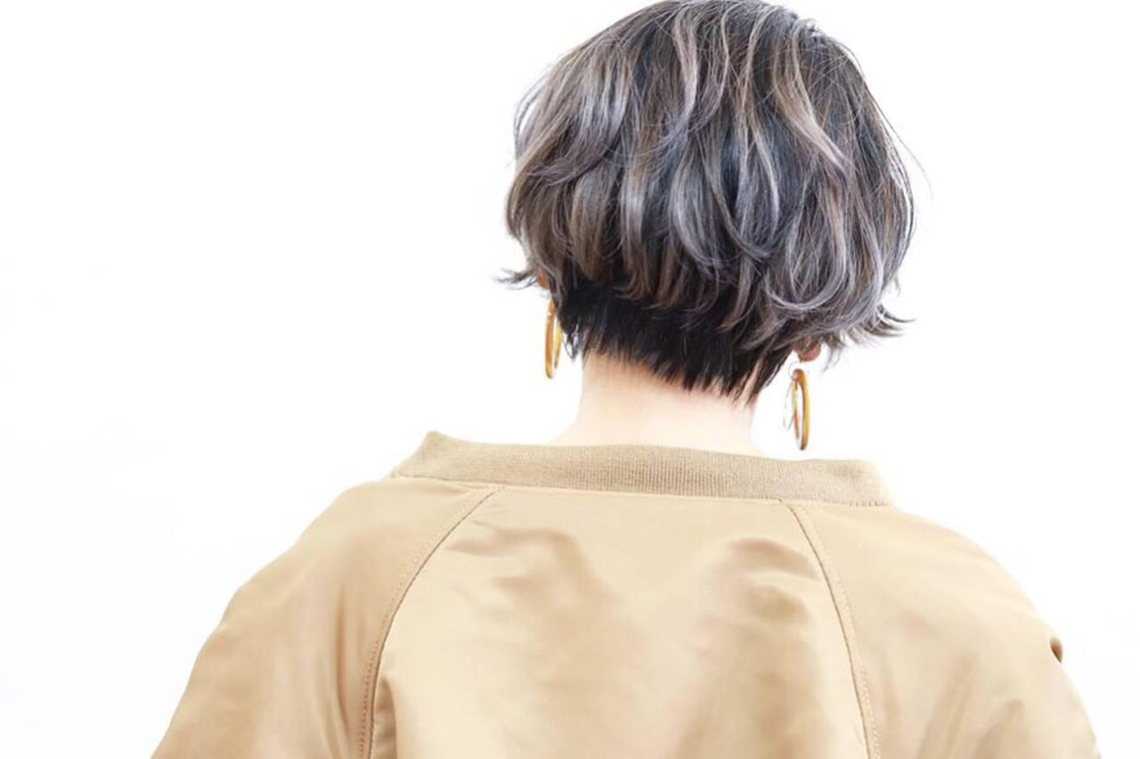 ストリート ショート ショートヘア バレイヤージュヘアスタイルや髪型の写真・画像
