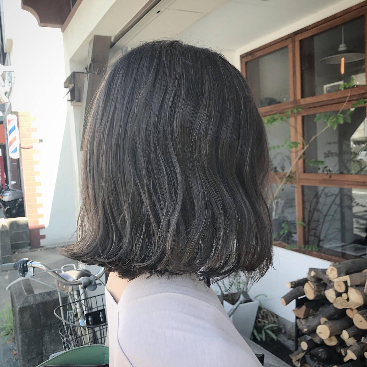 オフィス ハイライト 外国人風 ブリーチヘアスタイルや髪型の写真・画像