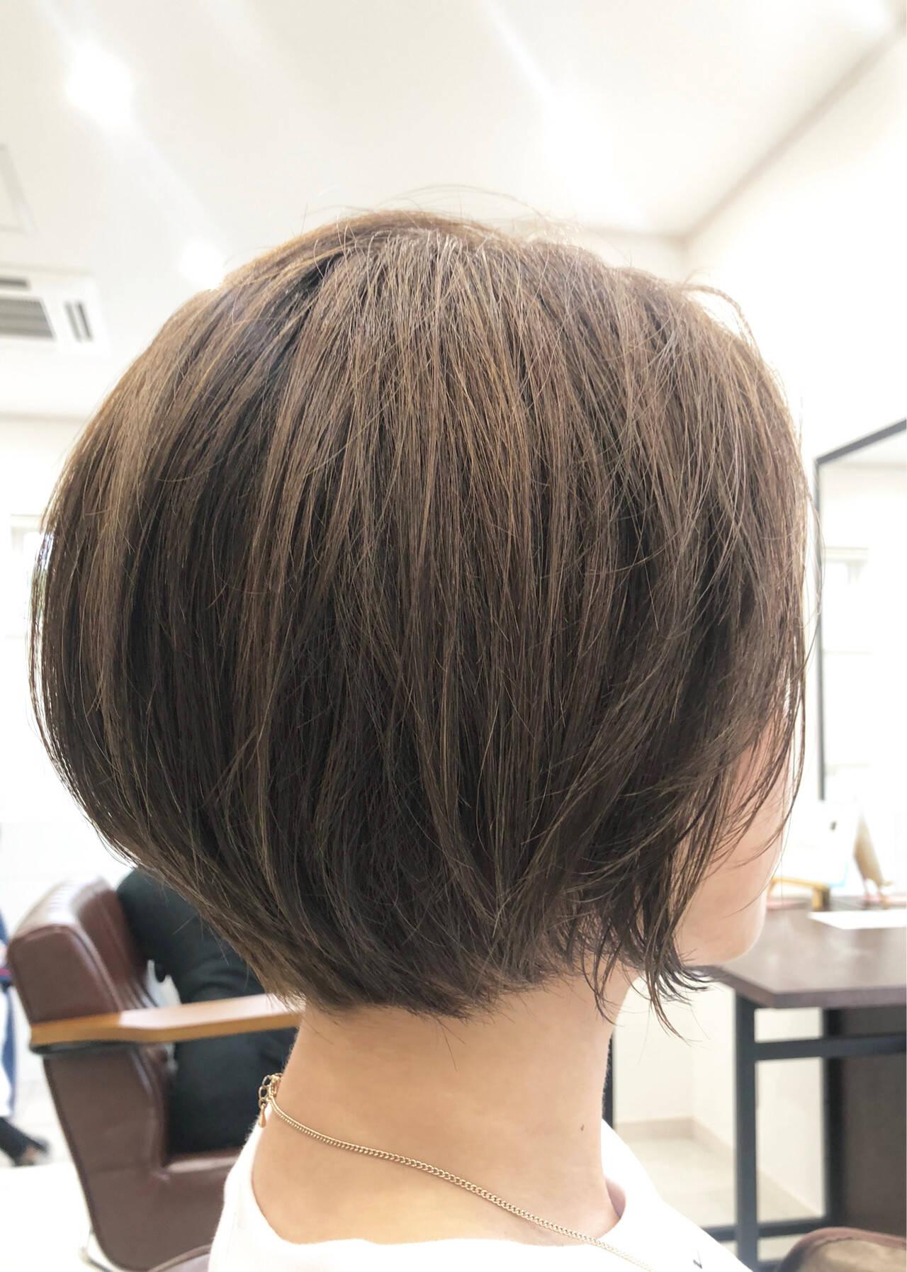 ナチュラル 流し前髪 ボブ デートヘアスタイルや髪型の写真・画像
