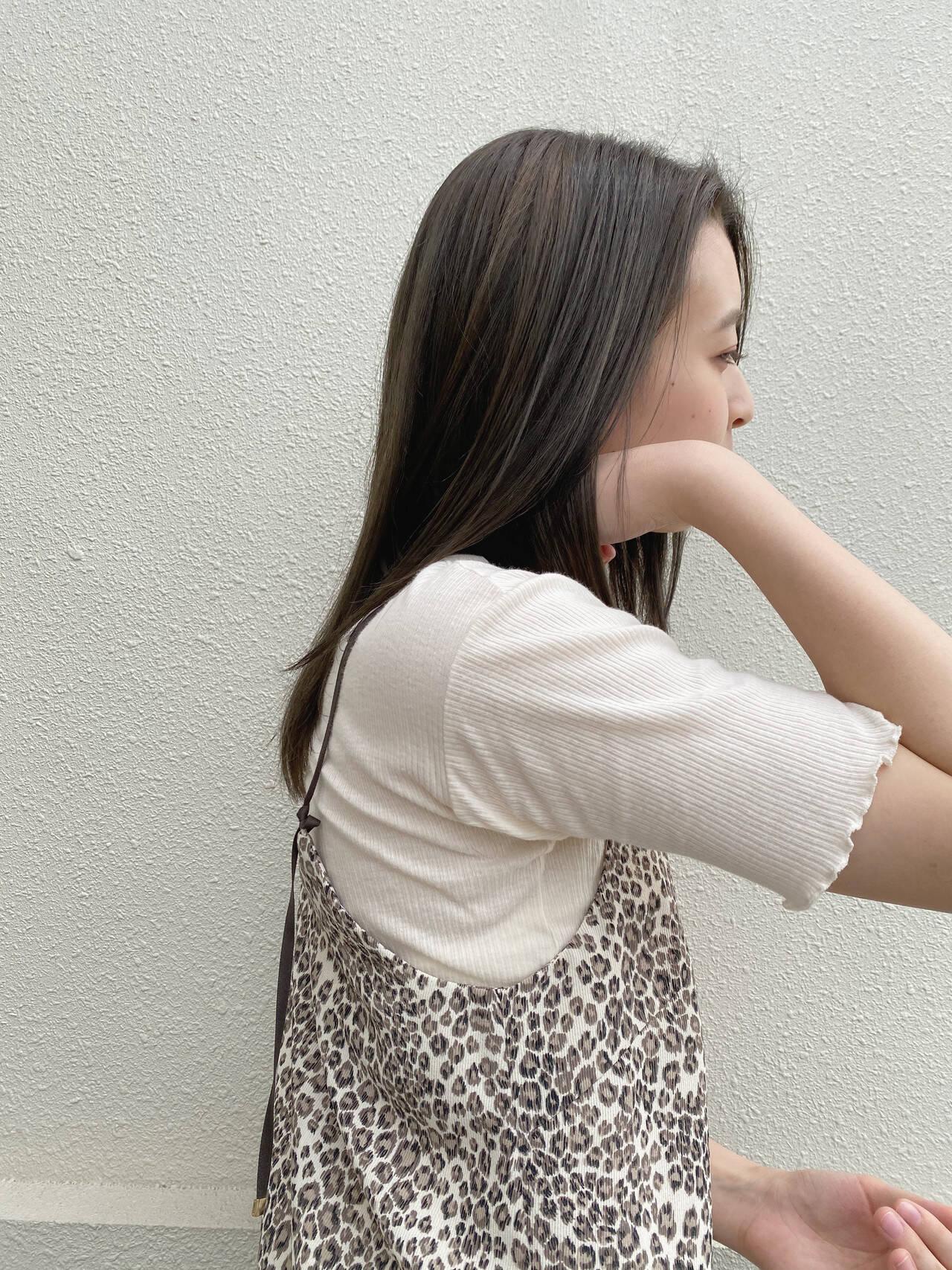 ナチュラルベージュ シアーベージュ ミルクティーベージュ オリーブベージュヘアスタイルや髪型の写真・画像