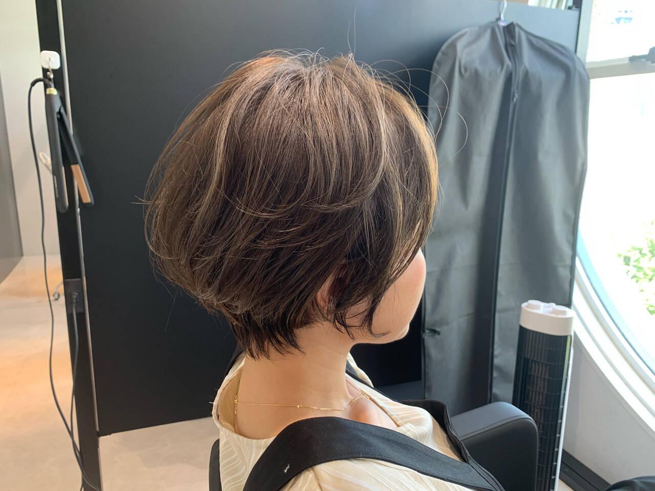 ショートヘア ベリーショート ミニボブ インナーカラーヘアスタイルや髪型の写真・画像