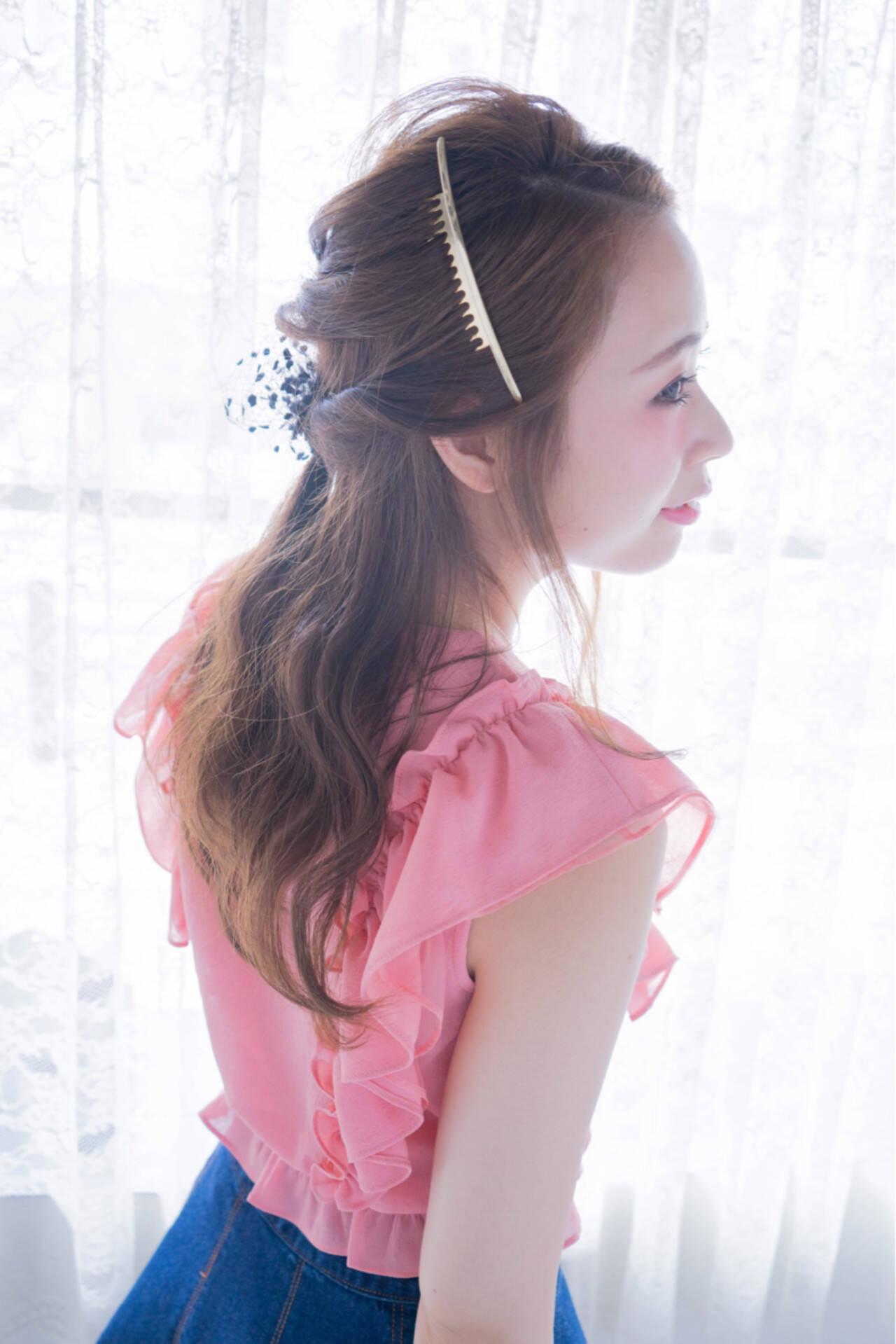 ハーフアップ ゆるふわ ショート 簡単ヘアアレンジヘアスタイルや髪型の写真・画像