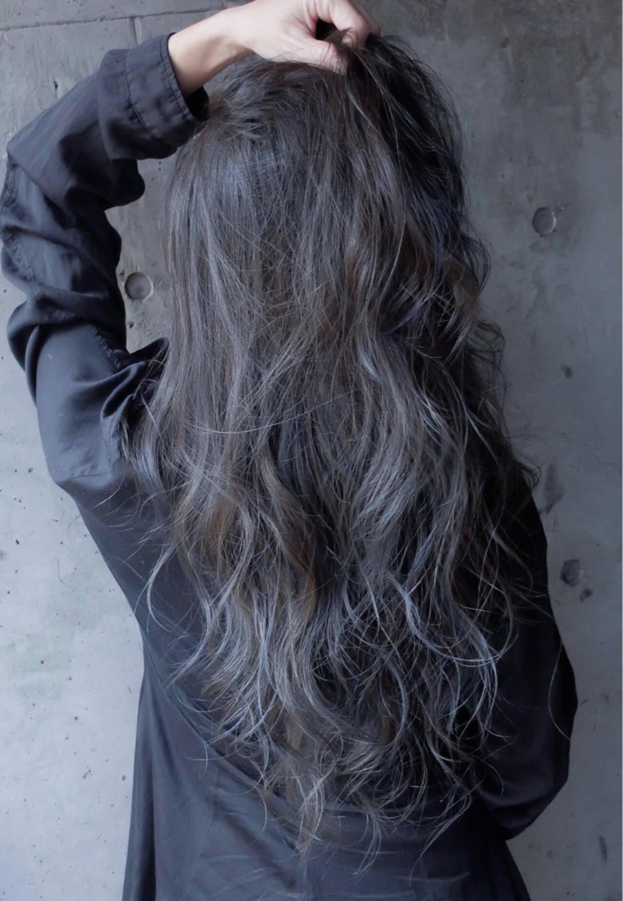 暗髪 ブルー ネイビー ストリートヘアスタイルや髪型の写真・画像