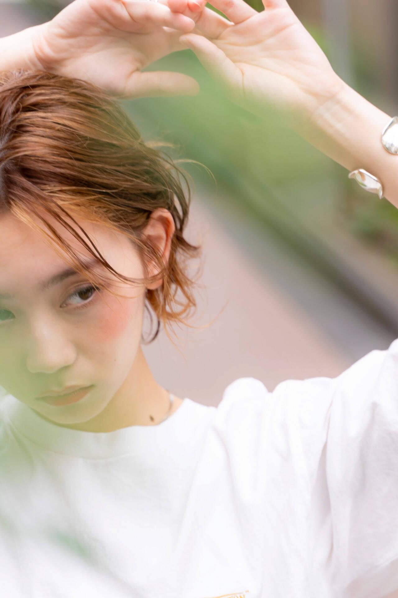 インナーカラー ショートヘア ショートボブ ショートレイヤーヘアスタイルや髪型の写真・画像