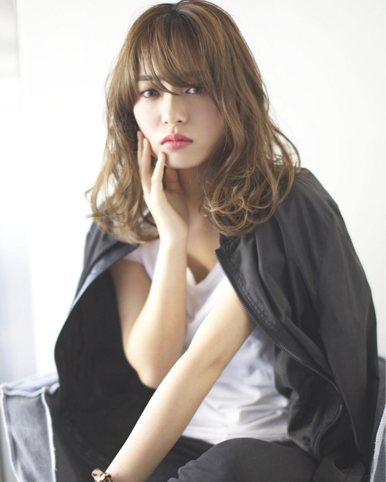 大人女子 ハイトーン かっこいい モードヘアスタイルや髪型の写真・画像