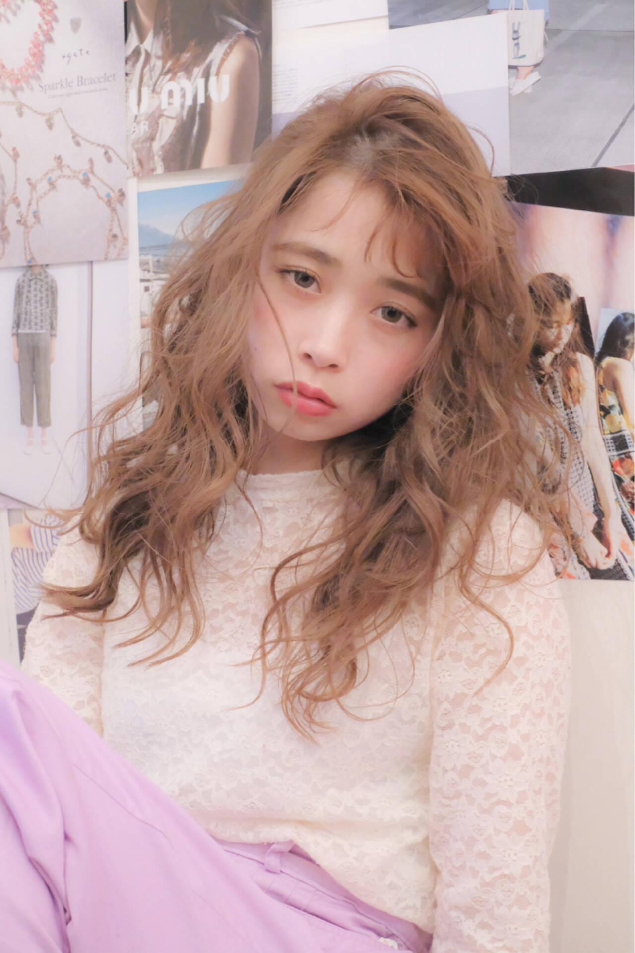 ガーリー ロング シースルーバング 大人女子ヘアスタイルや髪型の写真・画像