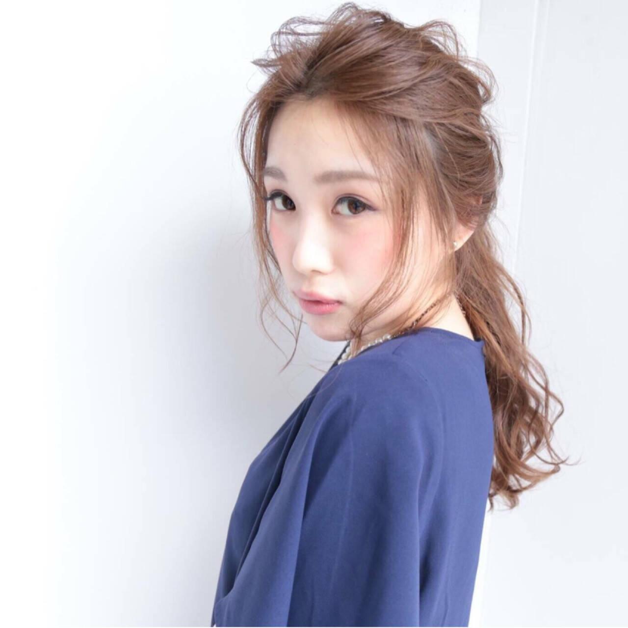 大人かわいい フェミニン ヘアアレンジ ショートヘアスタイルや髪型の写真・画像