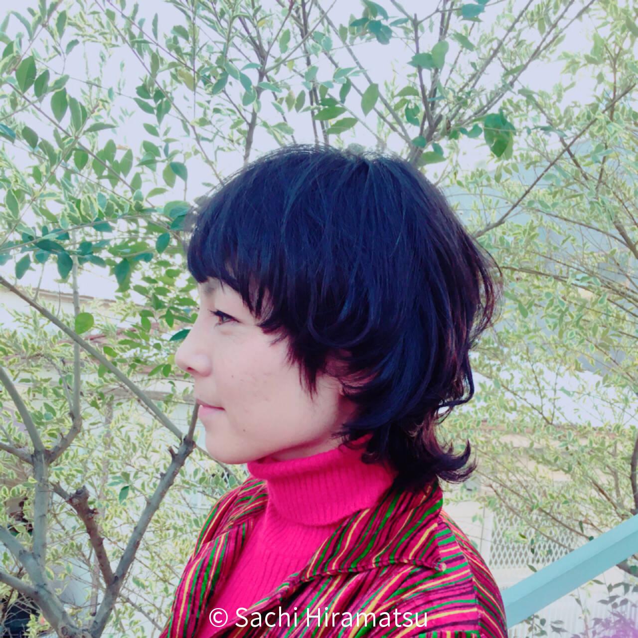 外国人風 暗髪 ナチュラル 黒髪ヘアスタイルや髪型の写真・画像