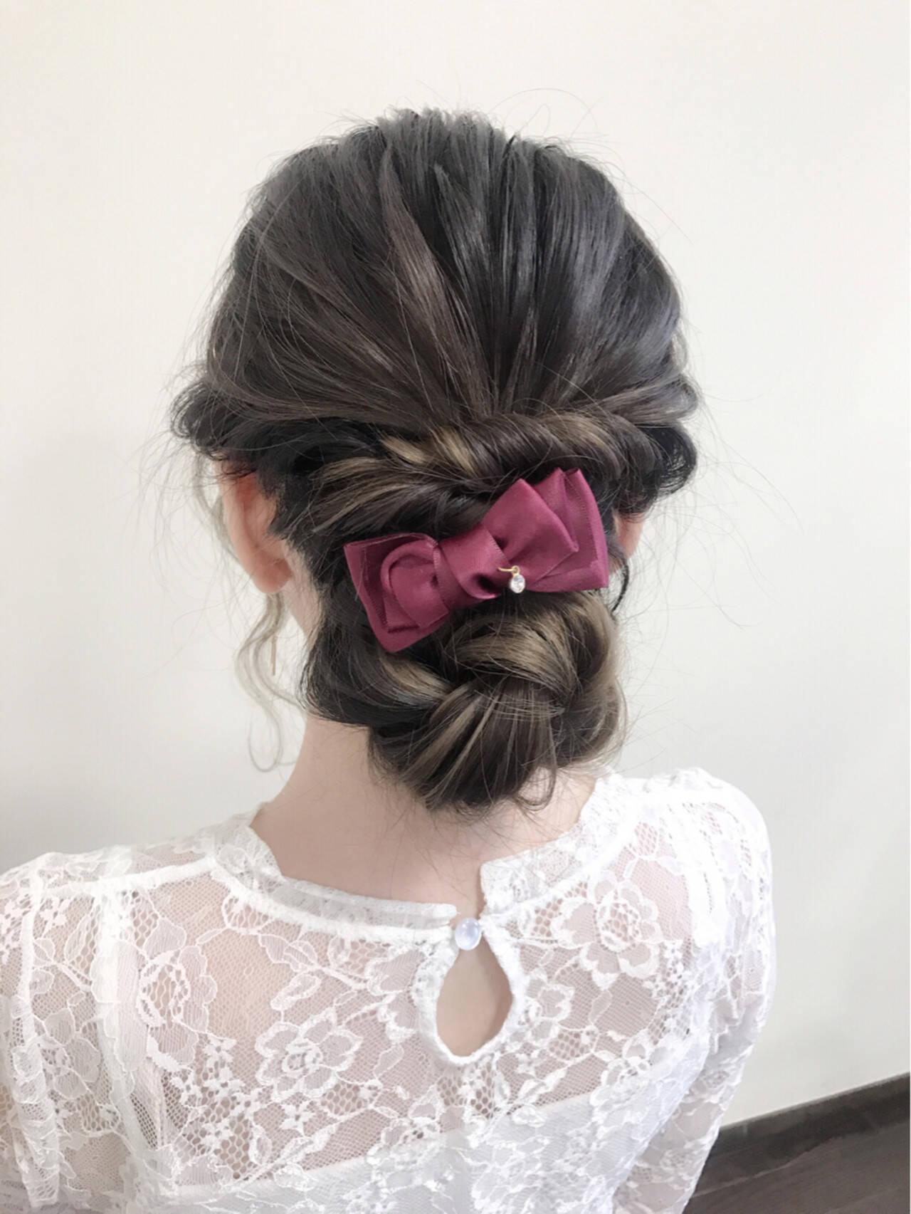 結婚式 セミロング シニヨン 大人かわいいヘアスタイルや髪型の写真・画像