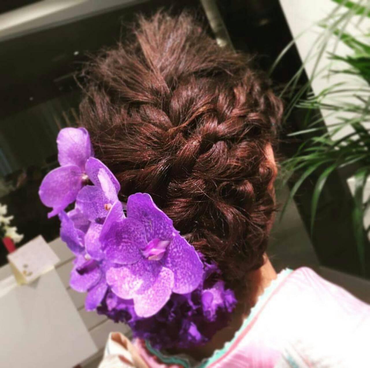 大人かわいい 成人式 簡単ヘアアレンジ セミロングヘアスタイルや髪型の写真・画像
