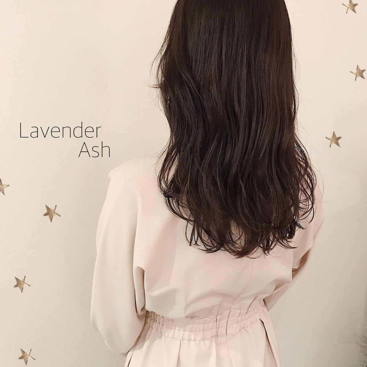 大人かわいい 暗髪 ロング ナチュラルヘアスタイルや髪型の写真・画像
