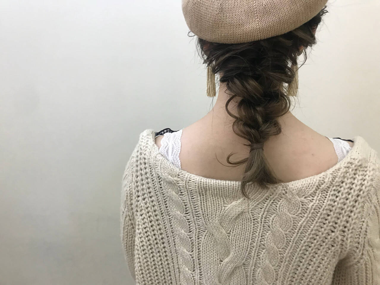セミロング 大人かわいい ヘアアレンジ デートヘアスタイルや髪型の写真・画像