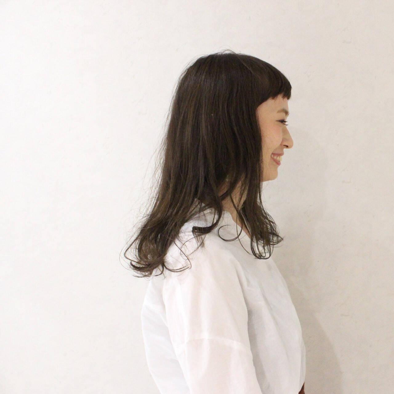 ヘアアレンジ ナチュラル 前髪あり セミロングヘアスタイルや髪型の写真・画像