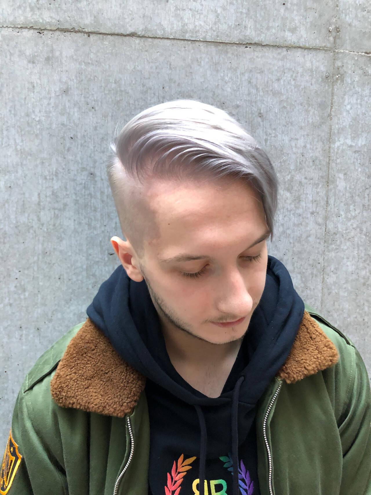 ツーブロック ブリーチ フェードカット ストリートヘアスタイルや髪型の写真・画像