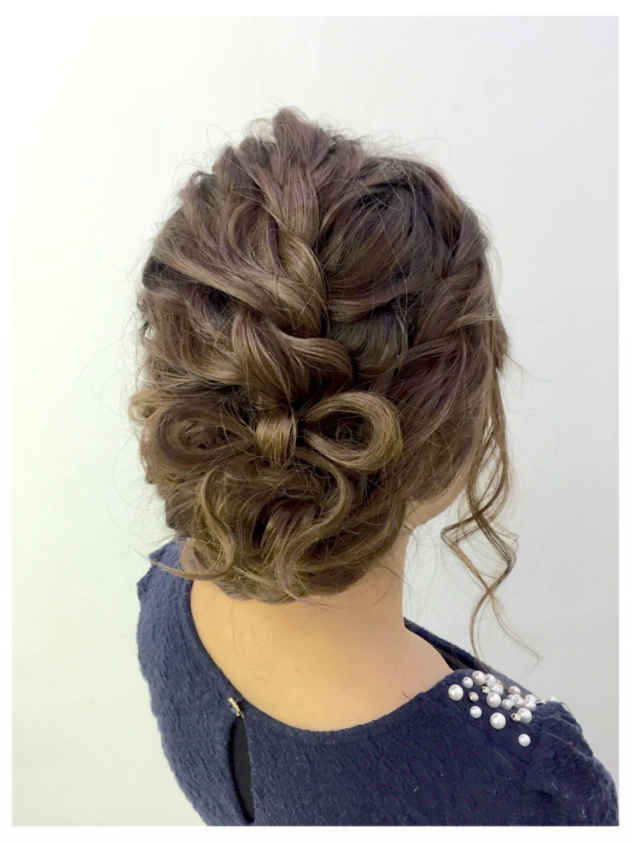ナチュラル アップスタイル ねじり ヘアアレンジヘアスタイルや髪型の写真・画像