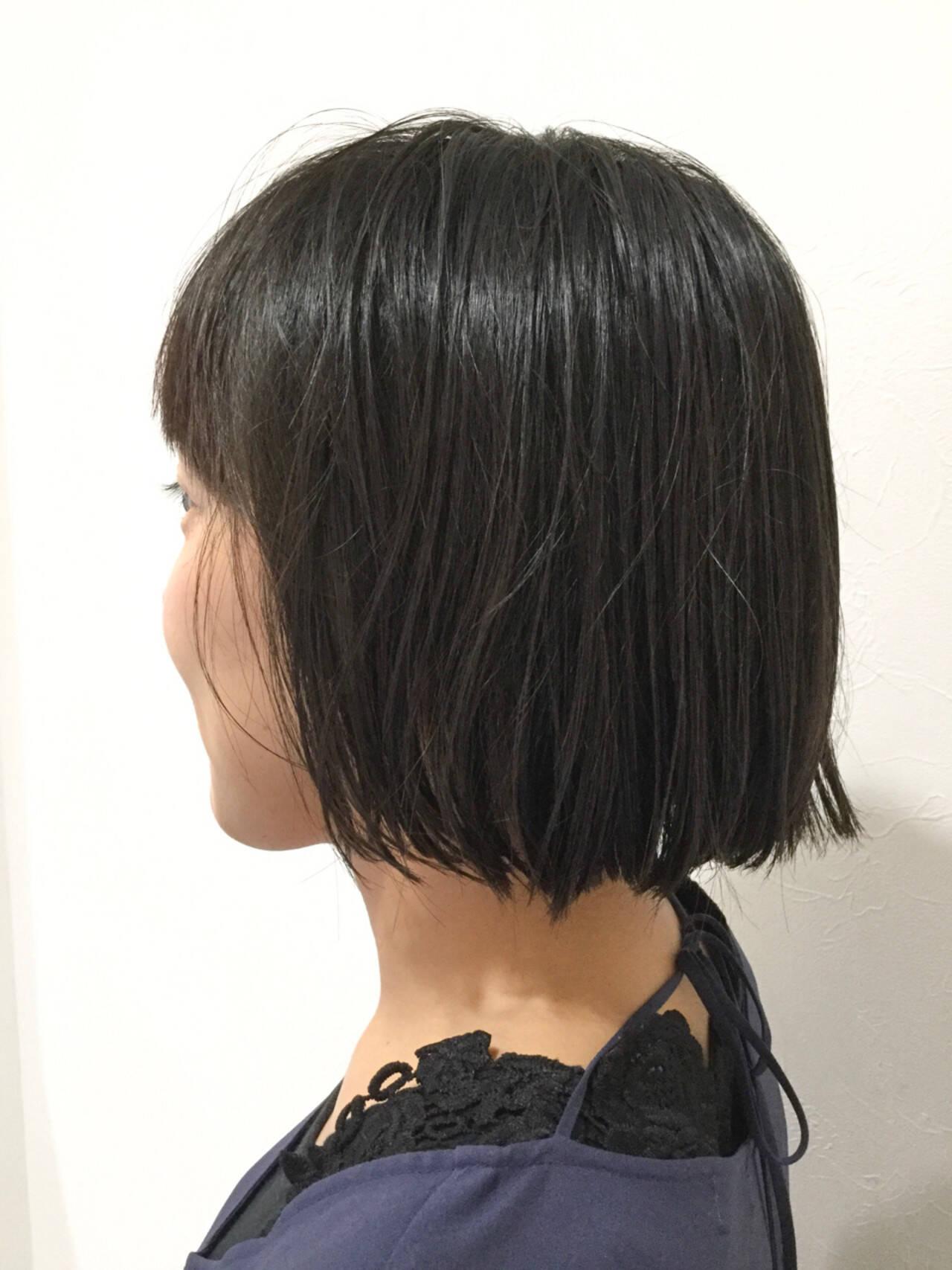 ボブ 黒髪 簡単 ナチュラルヘアスタイルや髪型の写真・画像