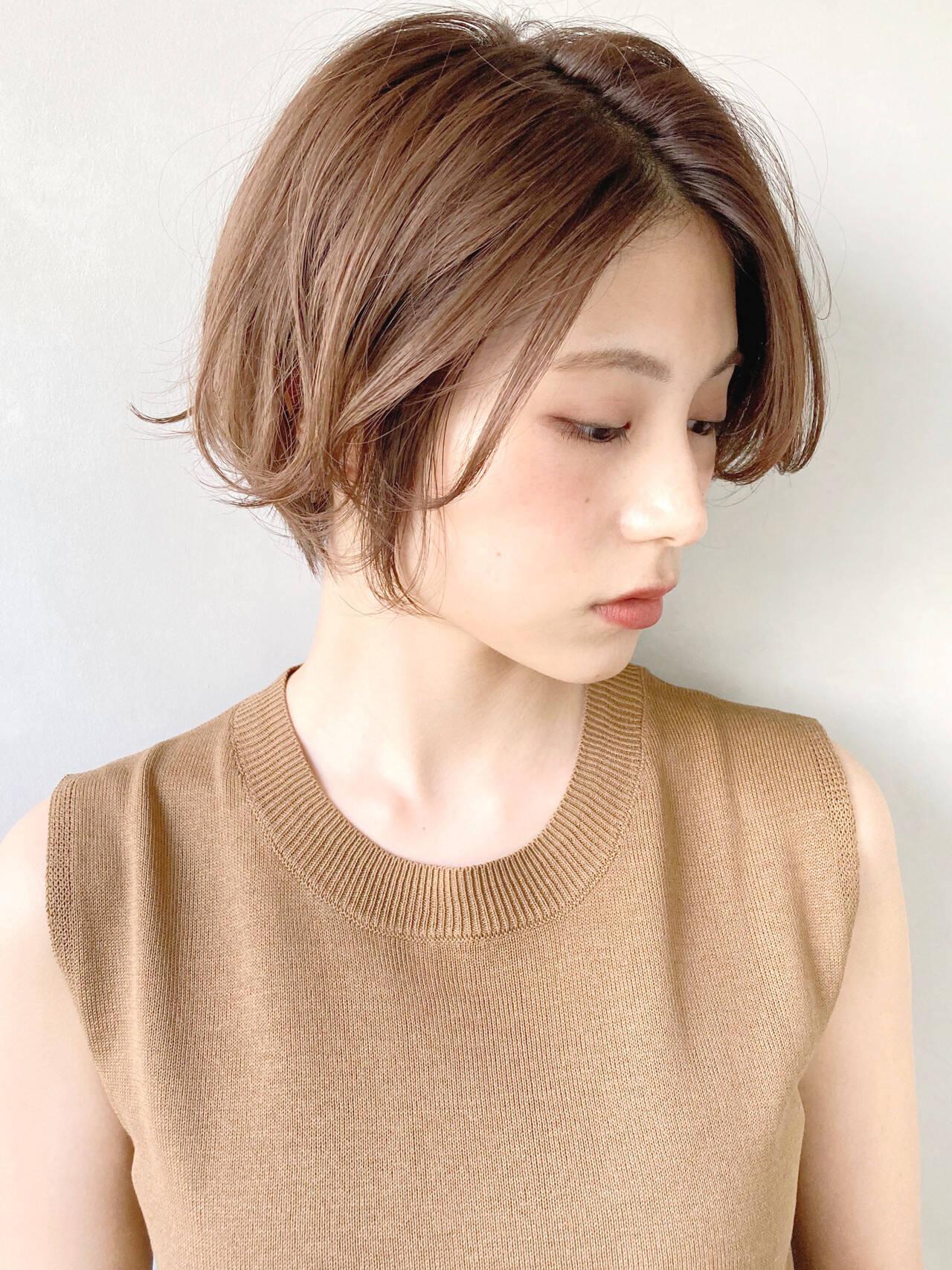 ラベンダーアッシュ デジタルパーマ 大人ロング ミルクティーブラウンヘアスタイルや髪型の写真・画像