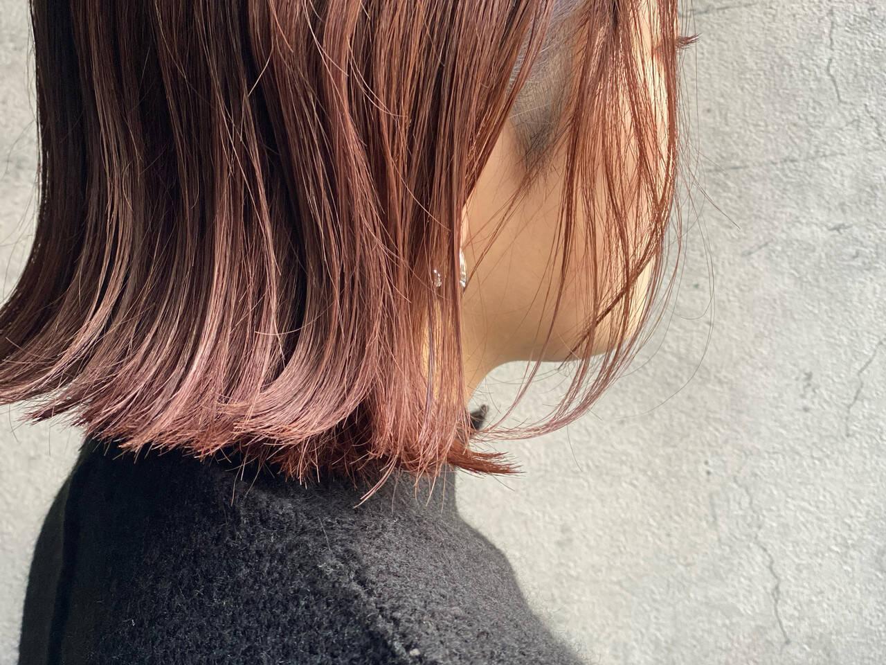 ショートボブ ラベンダーピンク ベリーピンク 濡れ髪スタイルヘアスタイルや髪型の写真・画像
