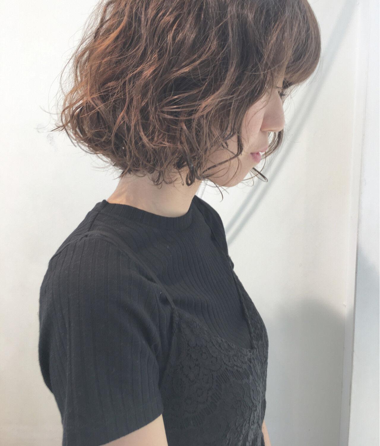 パーマ ボブ 前髪あり アンニュイヘアスタイルや髪型の写真・画像