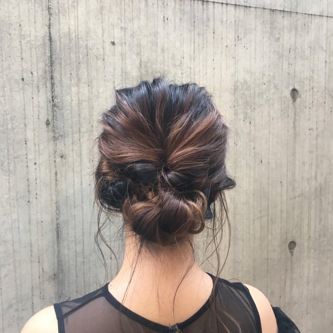 ミディアム パーティ ヘアアレンジ シニヨンヘアスタイルや髪型の写真・画像