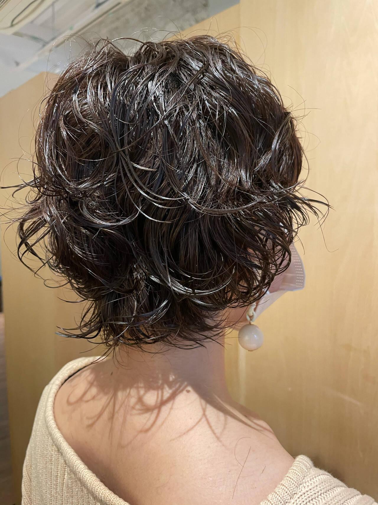 ウルフカット  ボブ パーマヘアスタイルや髪型の写真・画像
