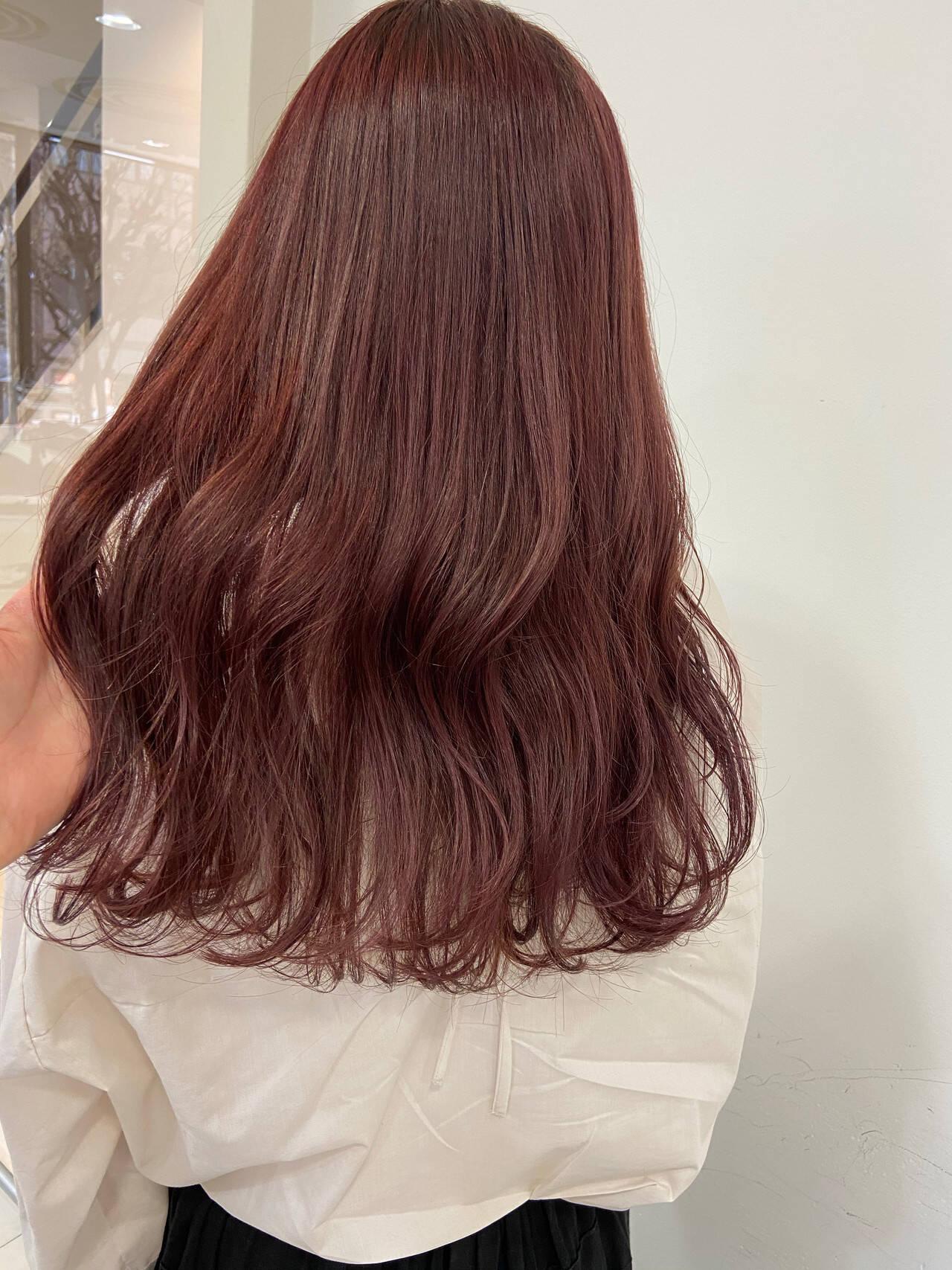ピンクラベンダー セミロング ピンクベージュ ベリーピンクヘアスタイルや髪型の写真・画像
