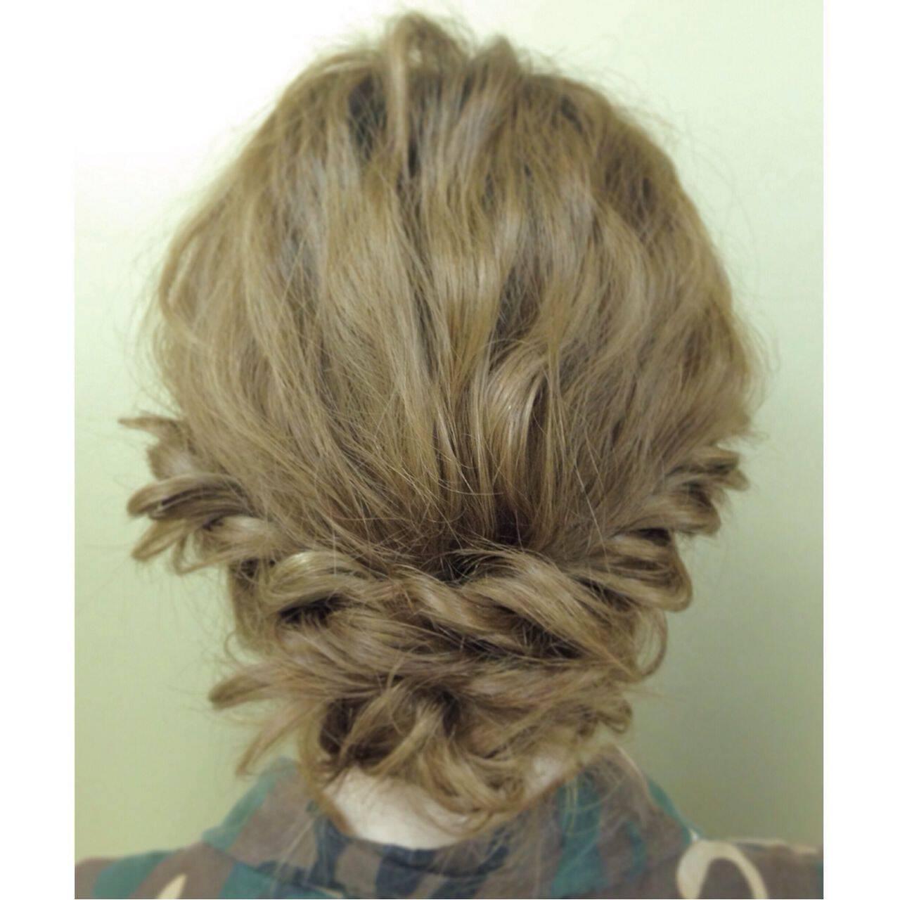 簡単ヘアアレンジ ヘアアレンジ コンサバ アップスタイルヘアスタイルや髪型の写真・画像