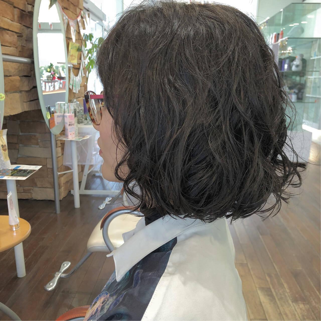ナチュラル ボブ パーマ 大人女子ヘアスタイルや髪型の写真・画像