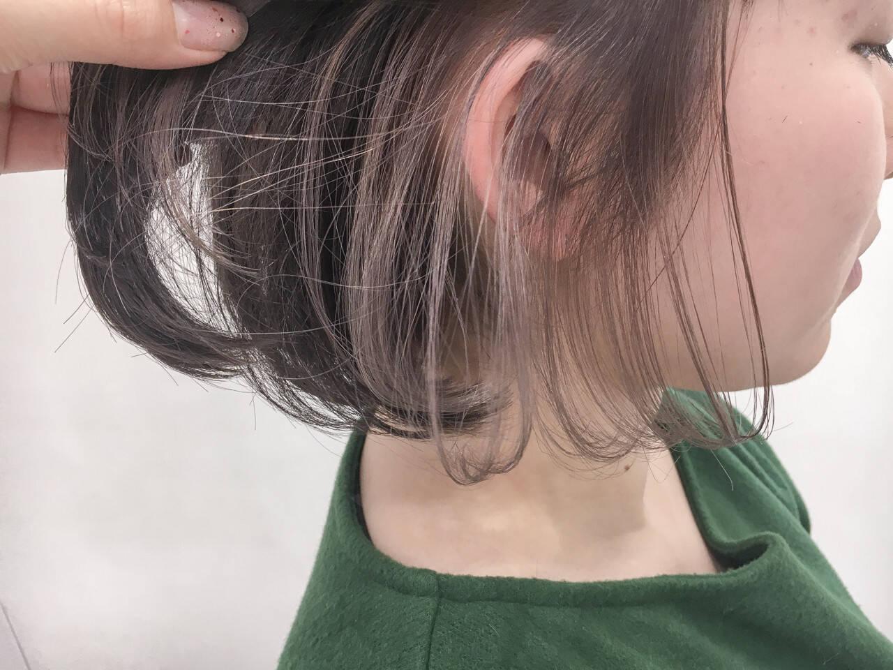 インナーカラー ヌーディーベージュ ボブ ミルクティーヘアスタイルや髪型の写真・画像